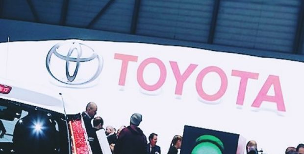 toyota reducing carbon dioxide emissions japan