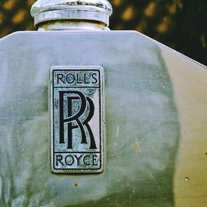 Rolls Royce withdraws engine tender for Boeing's new commercial plane